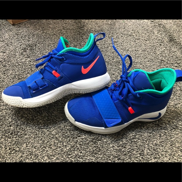 best sneakers aa41d 47047 Nike PG 2.5 Size 4.5 Youth Fortnite shoes